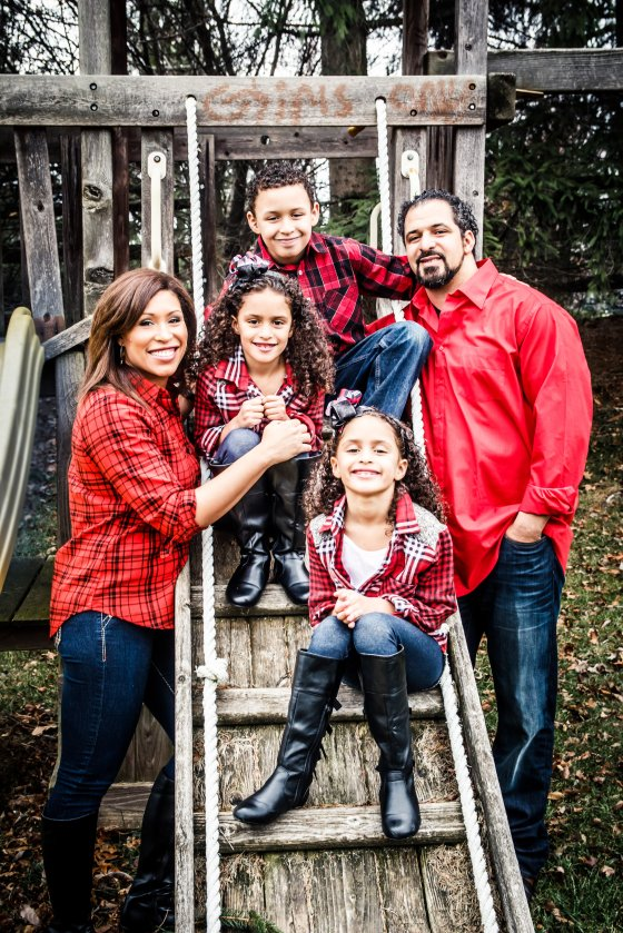 Toledo Family Portrait Home Session