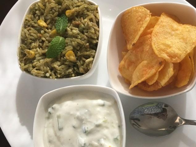Mint pulao with cucumber raita & potato chips