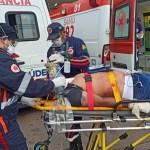 Jovem é ferido com 6 tiros em praça e vai parar em estado gravíssimo no Pronto-Socorro