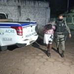Bandido é linchado por populares e preso após fazer arrastão em ônibus no Segundo Distrito