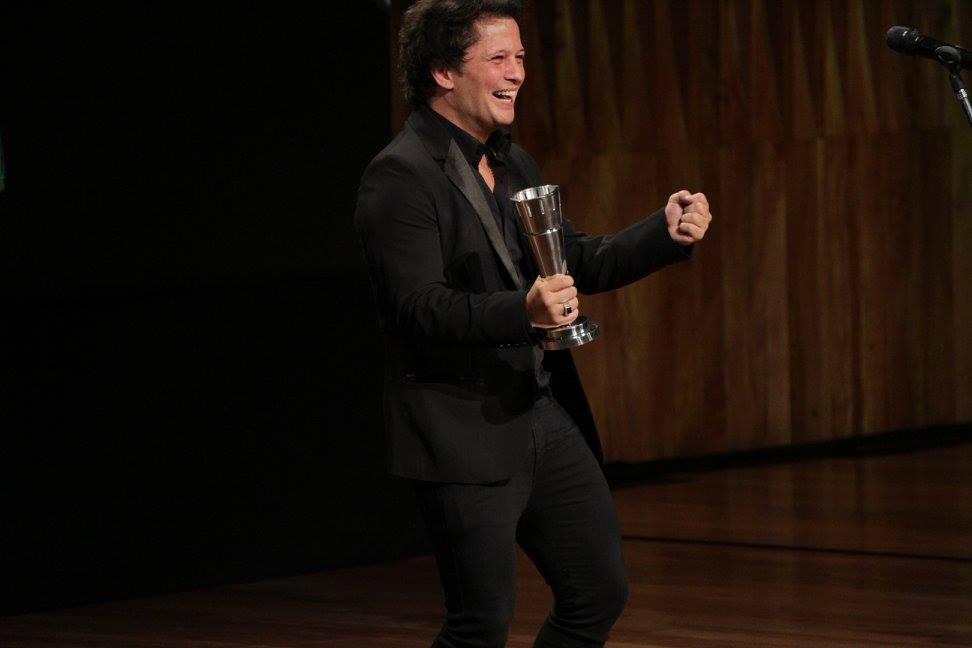 Darío Lopilato entrega el premio a Mejor Fotografía