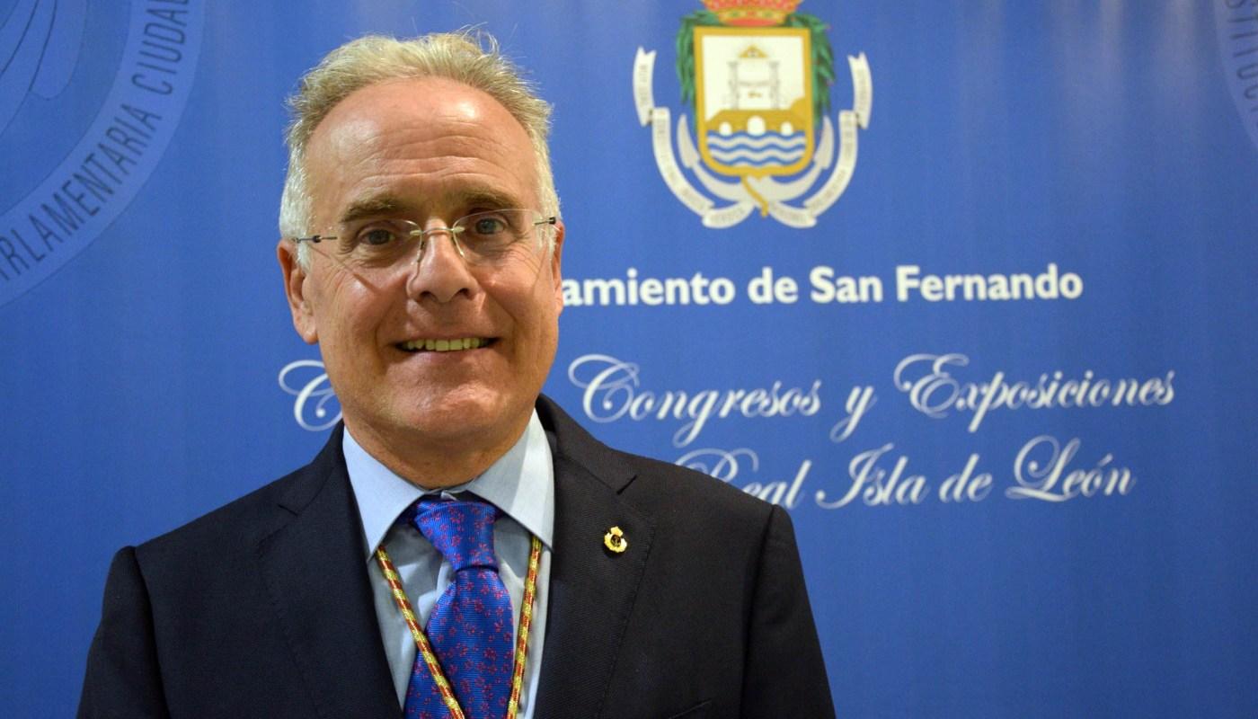 D. Juan Antonio Lobato García, pintor y vocal de Artes de la junta de gobierno de la Academia de San Romualdo.