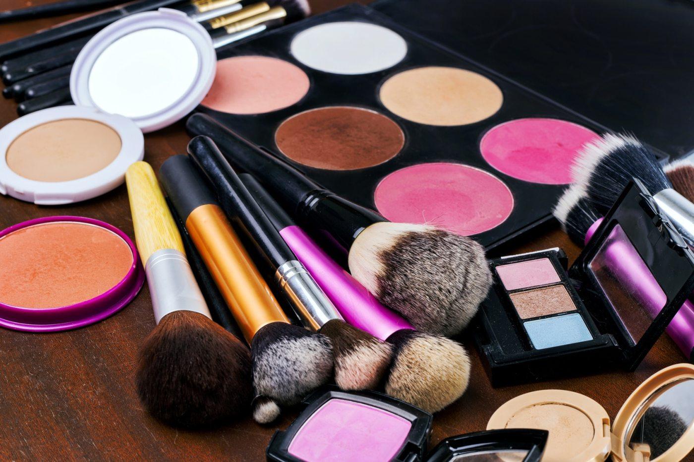 Importar Maquiagens Originais - Veja as Melhores Dicas