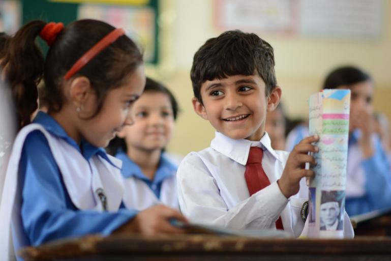 KPK Govt Announces Scholarships For Class-VII Students