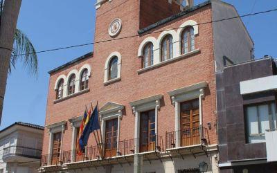 Anuncio del Ayuntamiento de Alcàsser sobre convocatoria de bolsa de empleo de auxiliar administrativo.