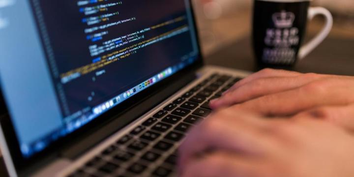 ¿Todo el mundo debe aprender a programar?
