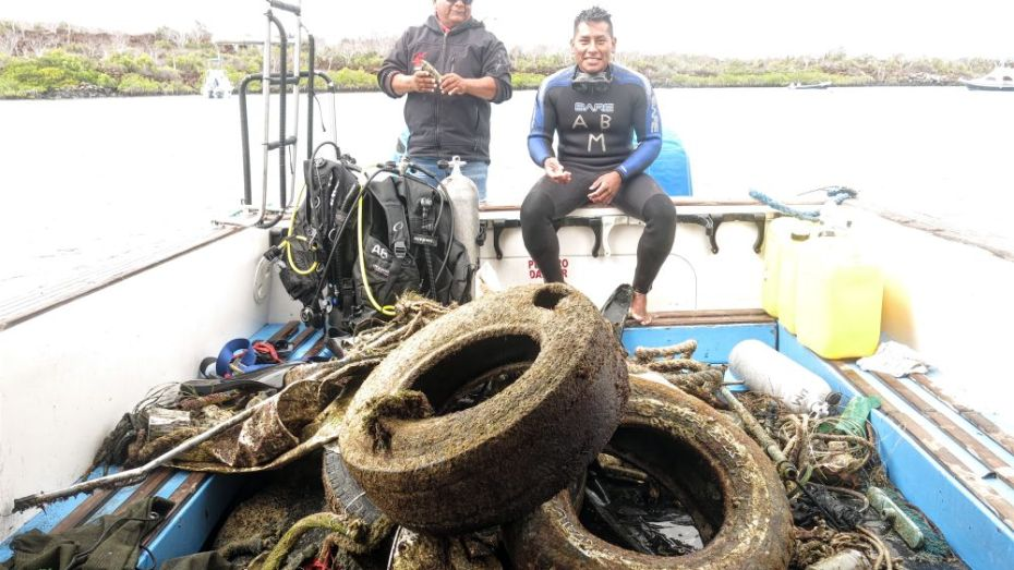 International clean up with Academy Bay Diving