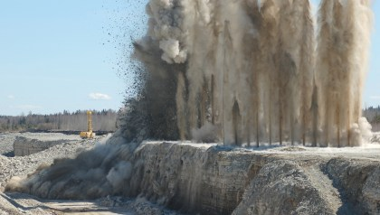 Blast Stemming Blow Out Reduces Efficiency
