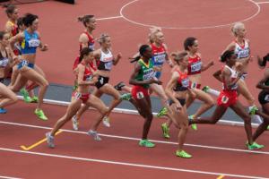 COVID-19: Pfizer et BioNTech offrent leur vaccin ARN aux athlètes pour les JO de Tokyo