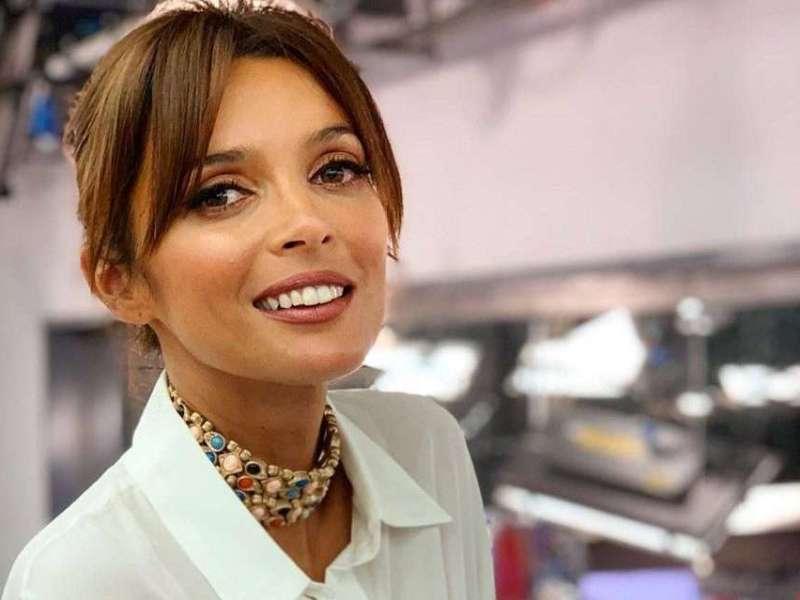 """Surpresa! Maria Cerqueira Gomes apresenta """"A Tua Cara Não Me É Estranha"""""""