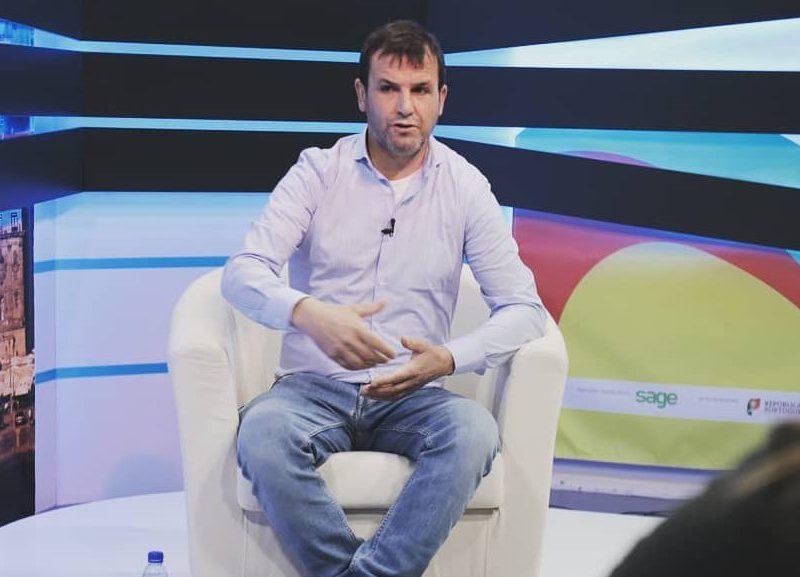Tino de Rans corrige Miguel Sousa Tavares e torna-se viral
