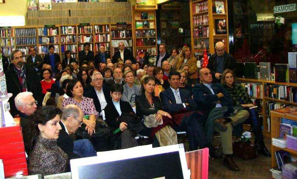 """M. Debal recibe muy buenas críticas con su la novela negra """"Muerte en el Ministerio"""""""