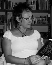 Esther Aparicio, música en la letra