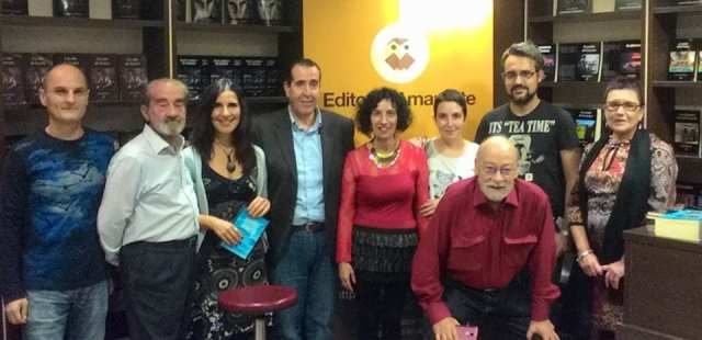De izquierda a derecha: Jaime Arroyo, Jotamar, Marisa Pascual, Carlos de Tomás, Sofía Montero, Carlota J. Bérard, Carlos Gamarra, Gustavo Orihuela y Carmen Paredes