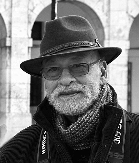 Carlos Gamarra, poesía de imagen y recuerdo