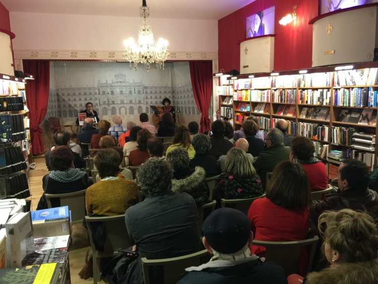 La poesía silente de Sofía Montero