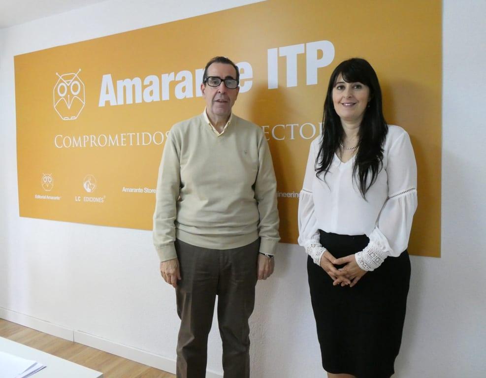 Isamar Cabeza con el editor Carlos de Tomás