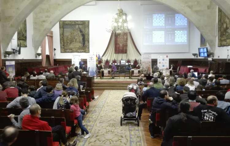Amador González de la Nava - Ajedrez - Editorial Amarante