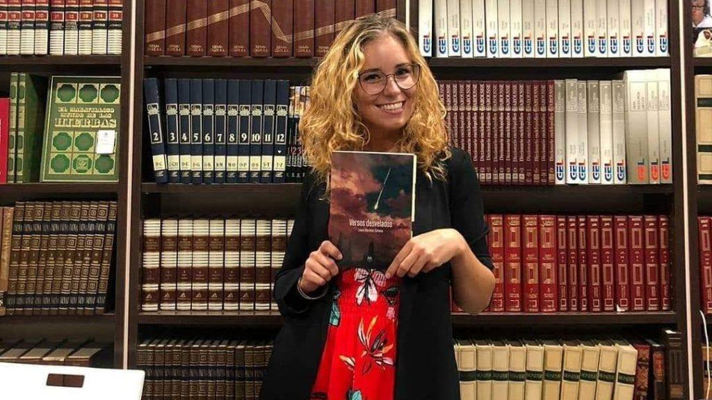 Laura Martínez Gimeno - Versos desvelados - Editorial Amarante