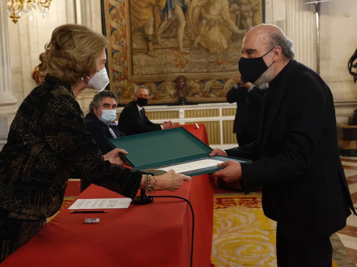 Ediciones Universidad de Salamanca - Entrega Premio Reina Sofía - Raúl Zurita