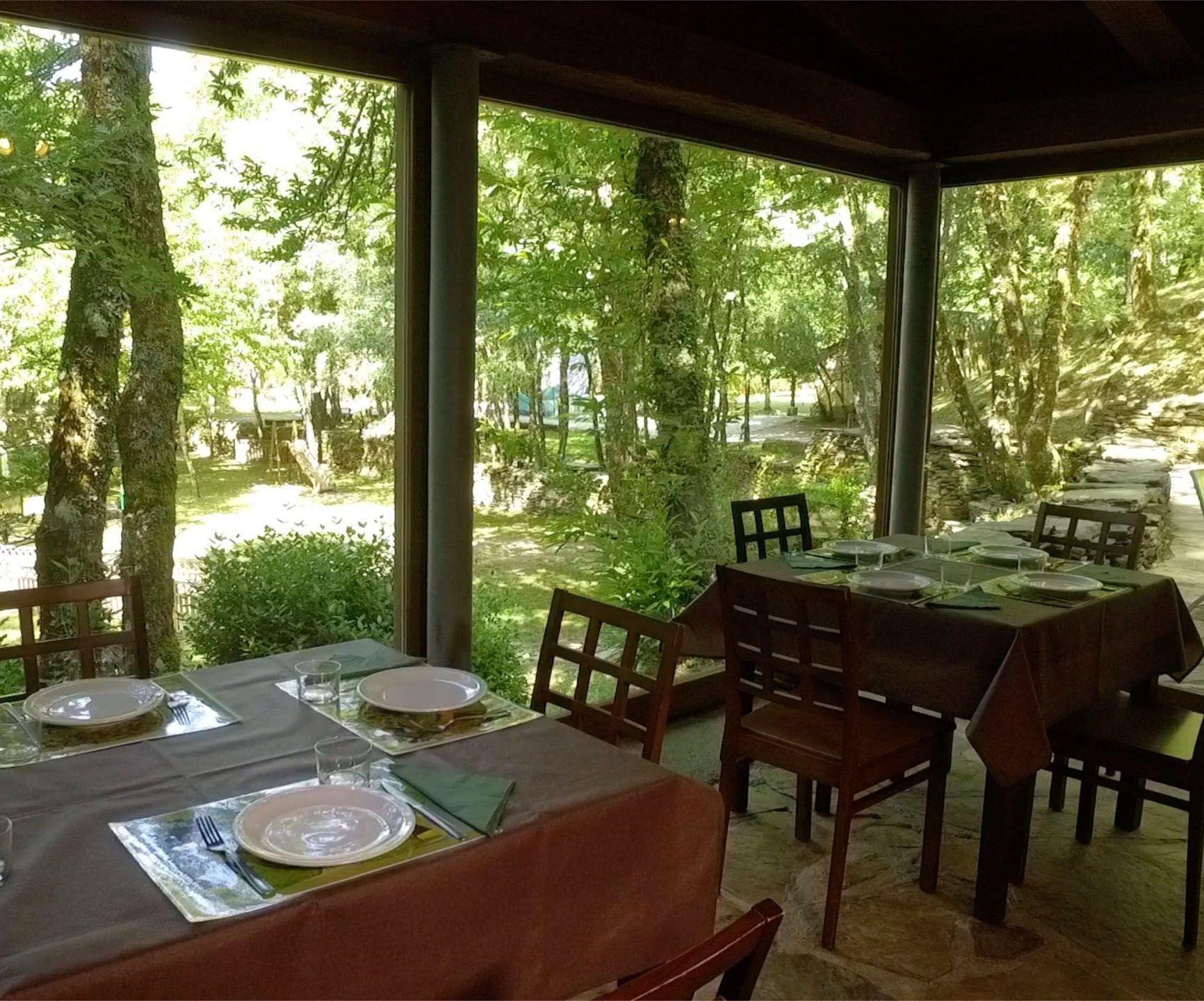 Instalaciones - Restaurante del Acampamento Caurel