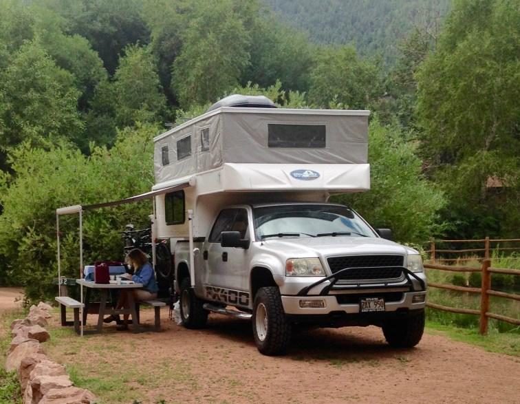 nomadic-travlers-lone-duck-campground-colorado