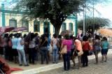 """Professores ocupam as ruas contra Carlinhos Brandão, segundo eles: """"o poderoso chefão!"""""""