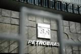 Tem que privatizar: Petrobras dá prejuízo e ainda emprega 230 mil