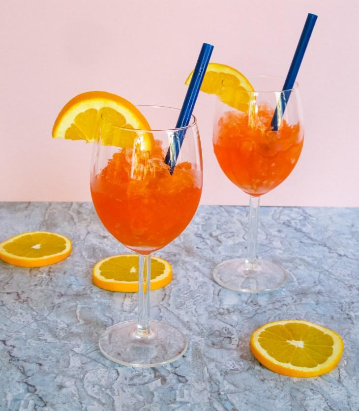 Recette cocktail // Comment faire un Aperol Spritz granité // Cocktail How to make Aperol Spritz slushee // A Cardboard Dream blog