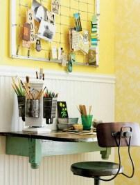 """Idee per la zona ufficio - Una """"scrivania di recupero"""", anche la grattugia può diventare un bellissimo portapenne"""