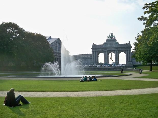 parc de cinquantennaire brussels-ის სურათის შედეგი