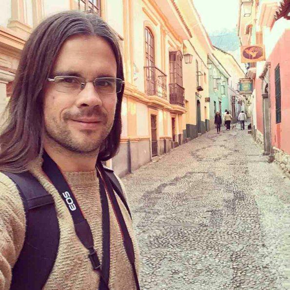Hernán Castro Dávila | Apuntes y Viajes