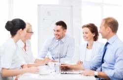 Povinnosť schválenia audítora valným zhromaždením spoločnosti