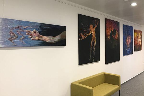 Výstava Film Noir Igora Piačku v Accace - Office Gallery