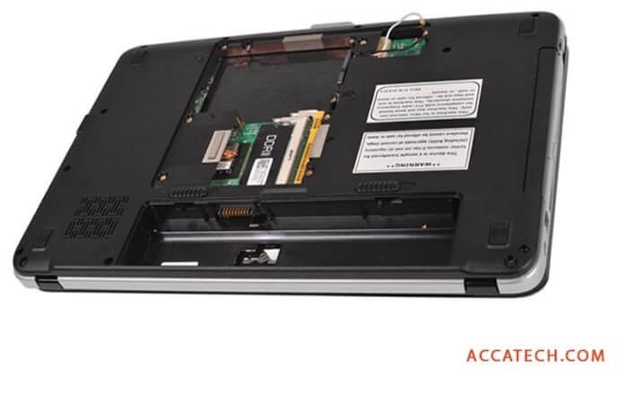 Dell Vostro Battery slot