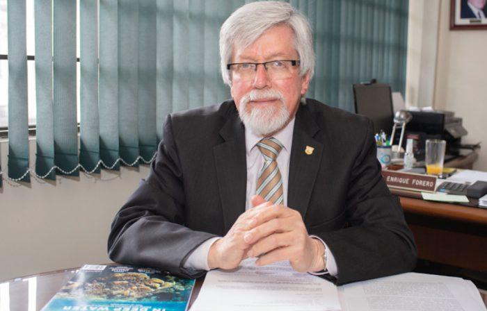 dr-enrique-forero-presidente-accefyn