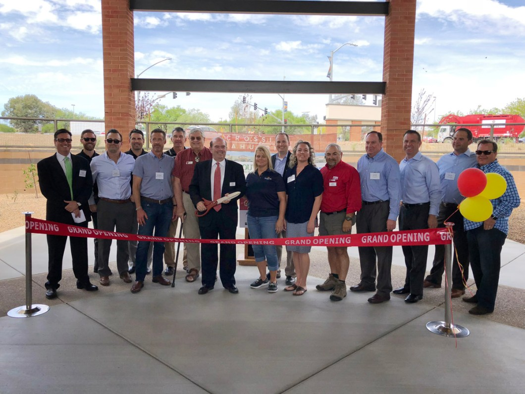 The Crossing at Sahuarita Shopping Center Holds Ribbon Cutting Event 1