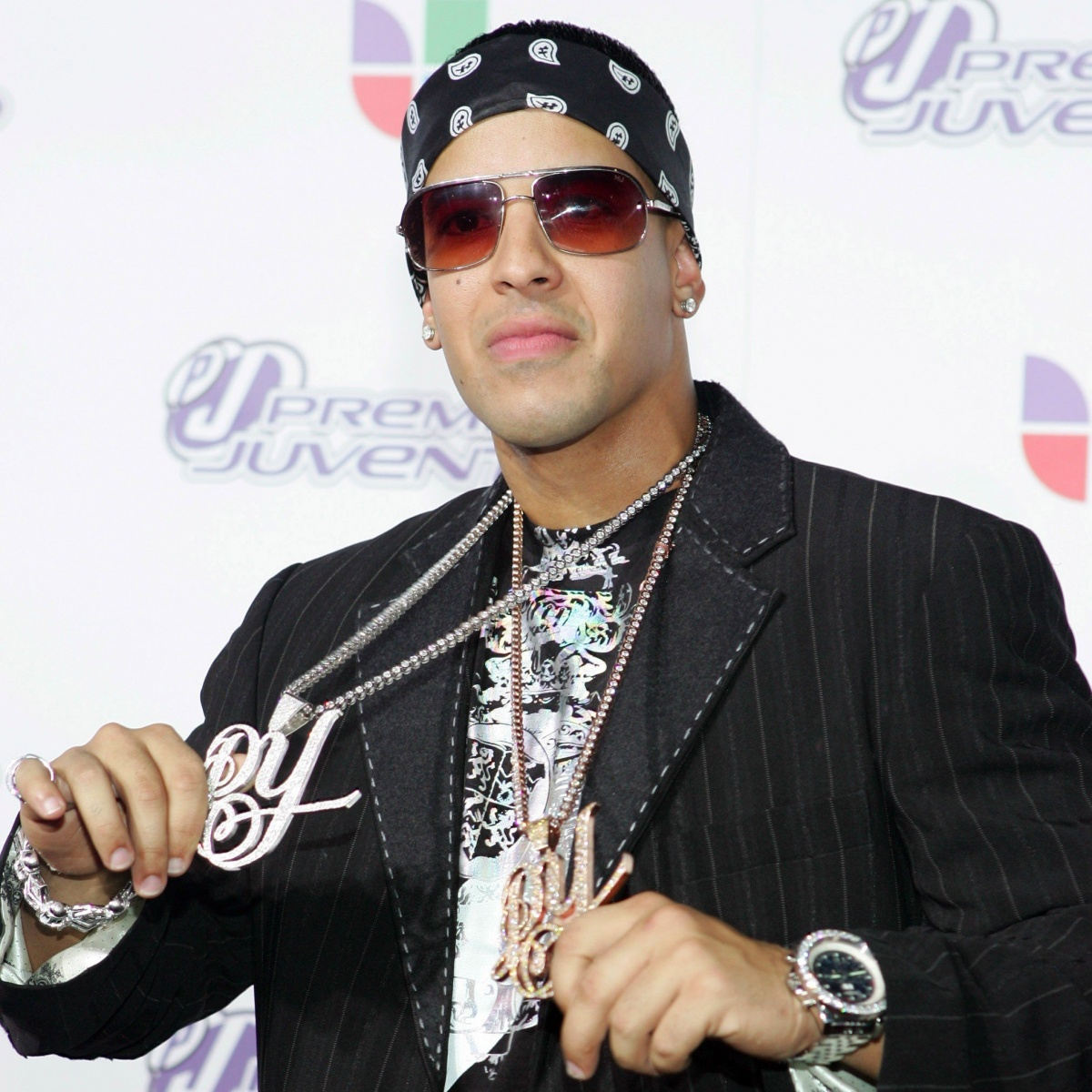 'Despacito' Rapper Daddy Yankee Robbed of $2M in jewellery ... Daddy Yankee