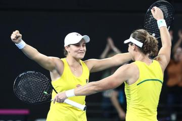 Ashleigh Barty and Samantha Stosur