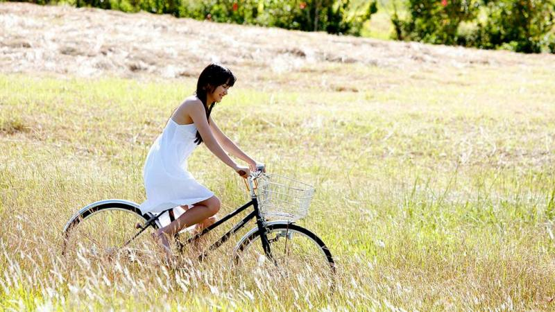 Usar la bicicleta reduce nuestra sensación de soledad y mejora nuestra salud mental