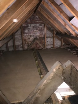 25 sqm in 300 yr old cottage