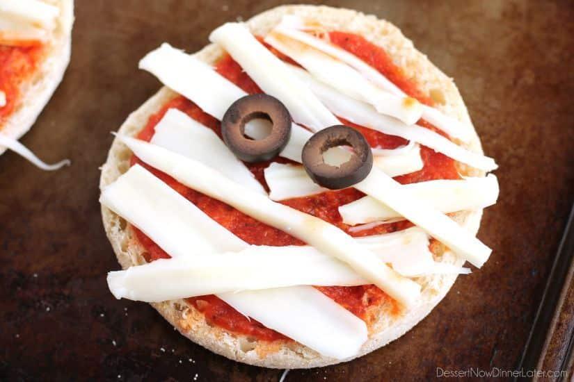 mini mummy pizza