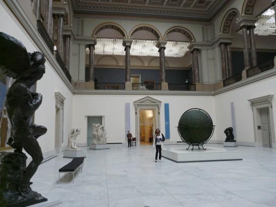 magritte museum belgium