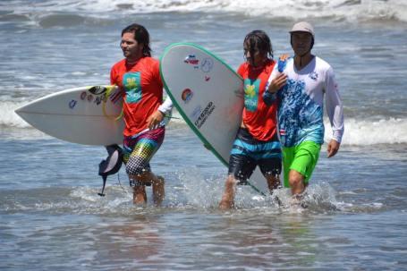 哥斯达黎加自适应冲浪公开赛
