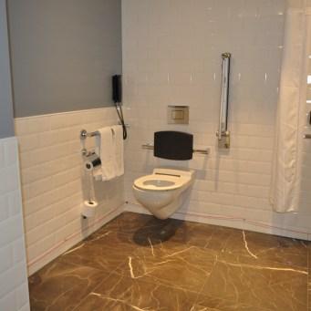 accessible toilet hilton