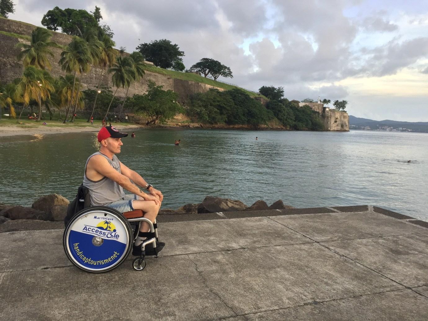 Martinique Access Ile Noel Cicalini