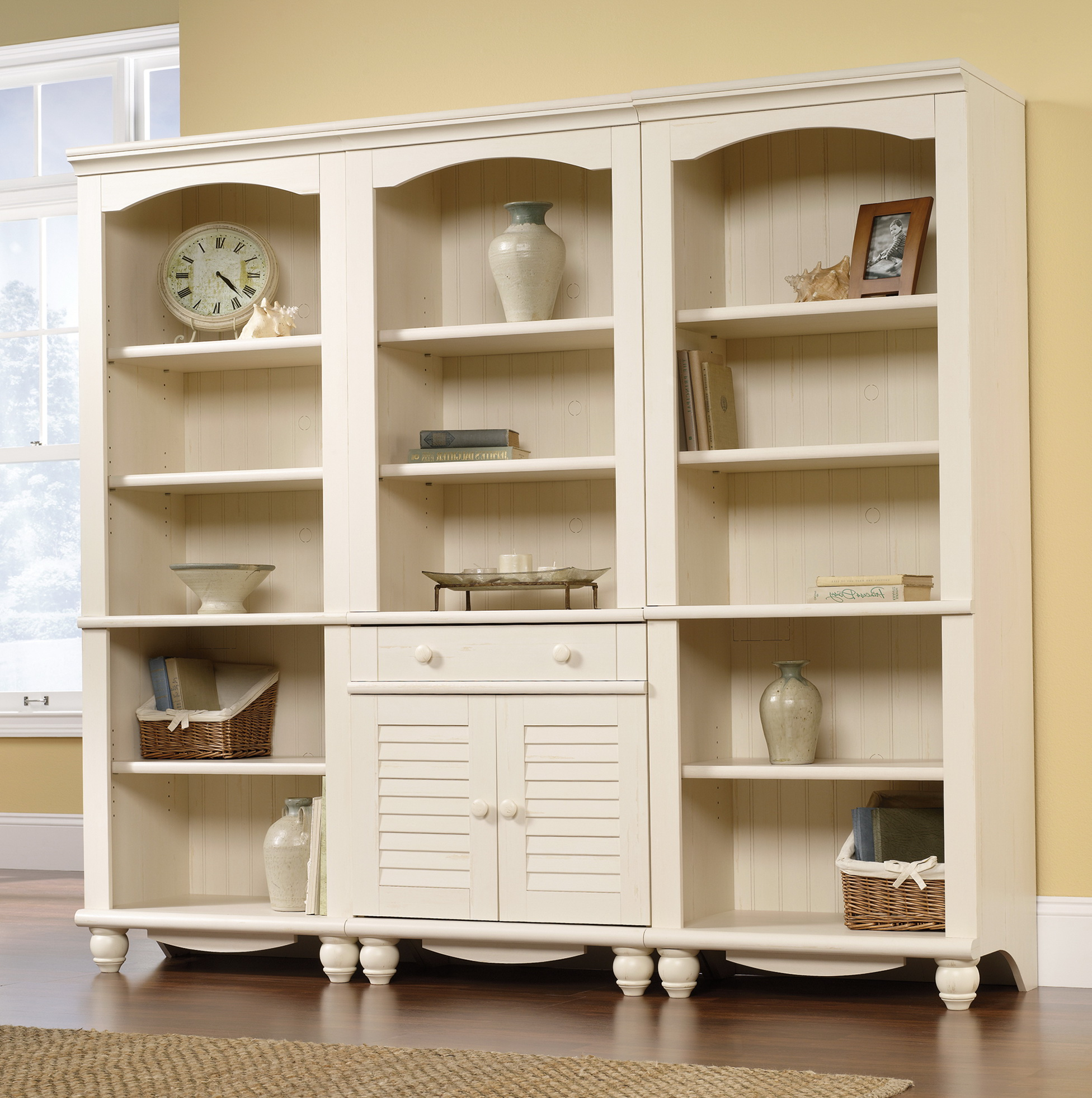 Antique White Bookcase With Doors