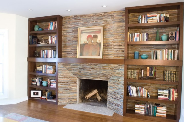 Built In Bookshelves Around Fireplace