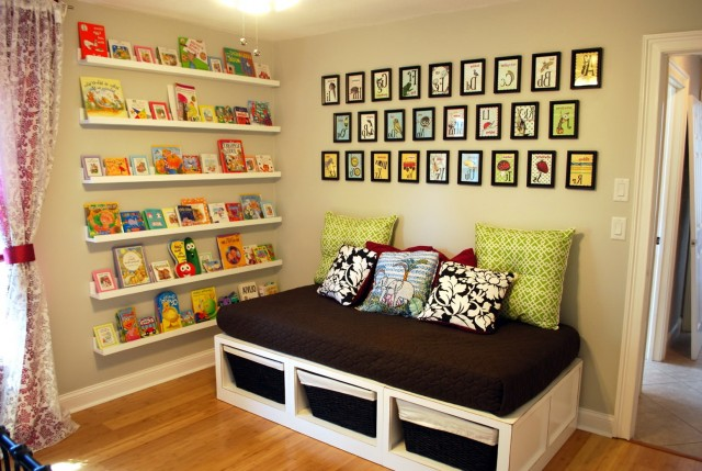 Nursery Wall Mounted Bookshelf