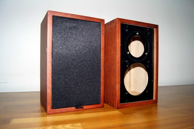 Solid Wood Bookshelf Speakers